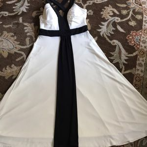 Jessica Howard perfect blk/ white formal dress 10'